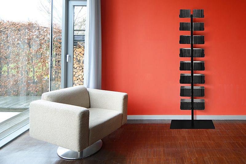 Radius design cologne Zakladač na CD 16 poličiek RADIUS DESIGN (CD-BAUM schwarz STAND GROSS 719A) čierny