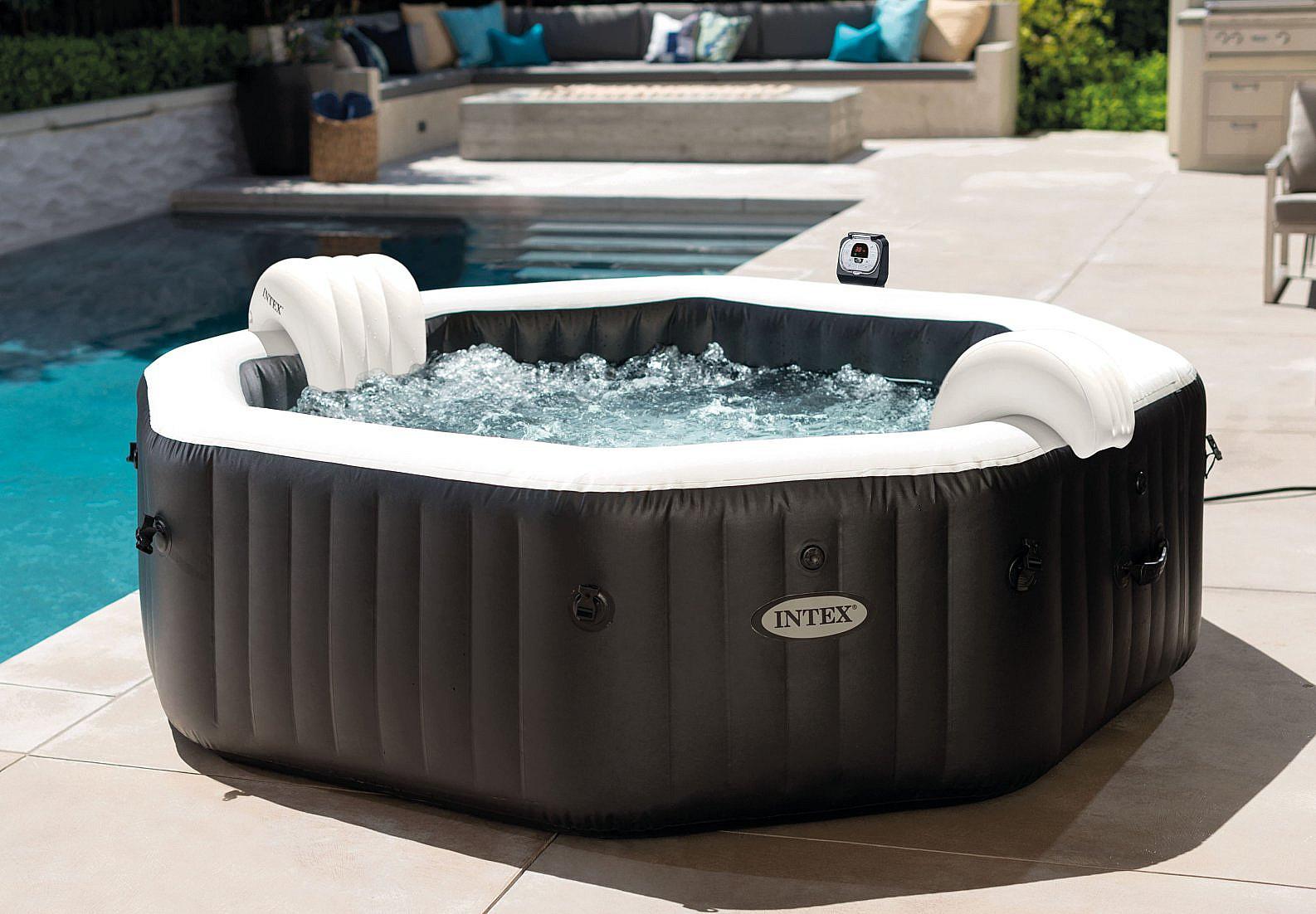 INTEX Nafukovacia vírivka Deluxe Octagon systém slanej vody pre 6 osôb (bublinky + masáž + trysky) 1100L